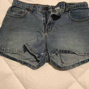 Jordache jean shorts size 9/10